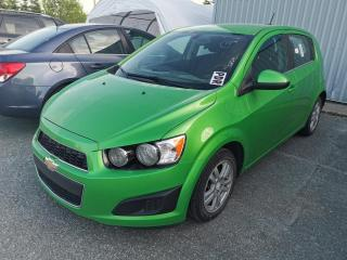Used 2015 Chevrolet Sonic LT / MANUEL / CAMERA / CRUISE / AIR CLIM for sale in Sherbrooke, QC
