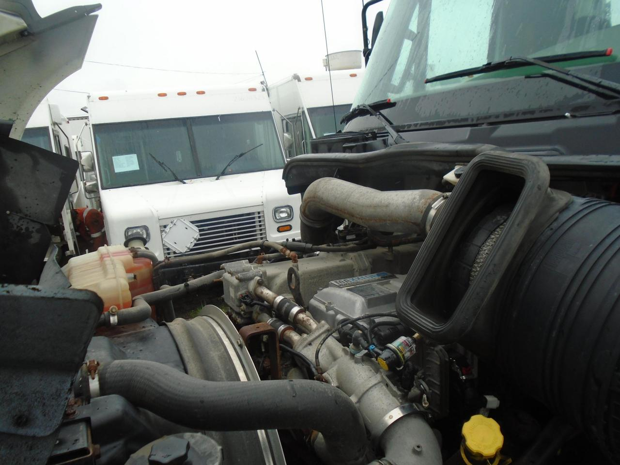 2013 International Prostar+ Day Cab
