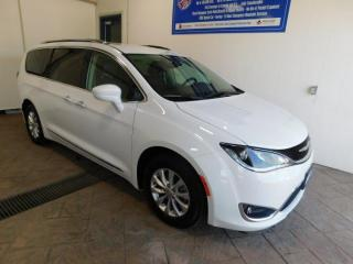 Used 2019 Chrysler Pacifica Touring-L LEATHER for sale in Listowel, ON