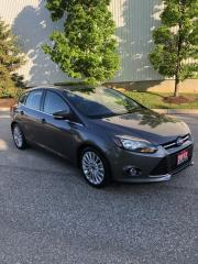 Used 2012 Ford Focus 5dr HB Titanium for sale in Etobicoke, ON