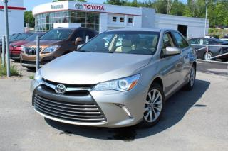 Used 2016 Toyota Camry Berline 4 portes I4, boîte automatique, for sale in Shawinigan, QC
