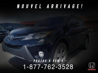 Used 2015 Toyota RAV4 XLE + TOIT + CAMERA + PROPRE + WOW! for sale in St-Basile-le-Grand, QC