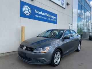 Used 2013 Volkswagen Jetta Sedan 2.0L TDI COMFORTLINE - SUNROOF / HEATED SEATS for sale in Edmonton, AB