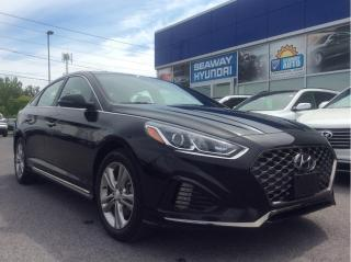 Used 2019 Hyundai Sonata Essential - Sport - Sunroof - Bluetooth for sale in Cornwall, ON