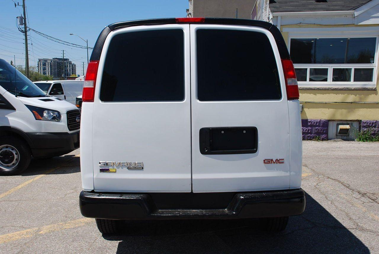 2016 GMC Savana 2500