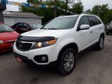 Photo of White 2011 Kia Sorento