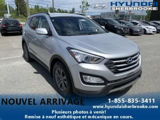 Used 2015 Hyundai Santa Fe PREMIUM 2.4+AWD+BANCS CHAUFFANTS+DEMARRE for sale in Sherbrooke, QC