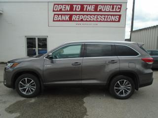 Used 2019 Toyota Highlander Hybrid XLE for sale in Toronto, ON