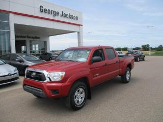 Used 2015 Toyota Tacoma DCAB SR5 for sale in Renfrew, ON