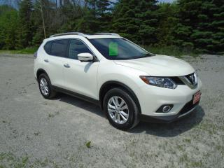 Used 2016 Nissan Rogue SV AWD NAV / PANO ROOF for sale in Beaverton, ON