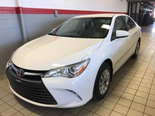 Used 2016 Toyota Camry CAMRY LE / AUTO for sale in Terrebonne, QC