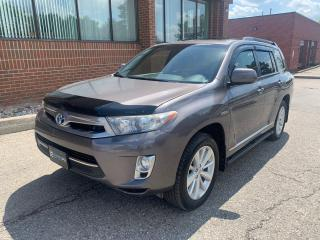Used 2013 Toyota Highlander HYBRID AWD, Leather, Sunroof, 7 Passenger for sale in Woodbridge, ON