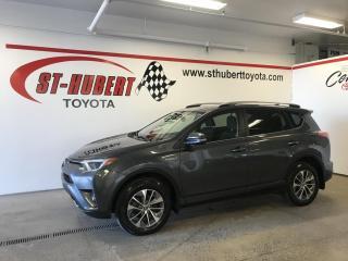 Used 2017 Toyota RAV4 Hybrid XLE HYBRIDE for sale in St-Hubert, QC