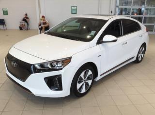 Used 2018 Hyundai IONIQ Electric EV Ultimate Cuir Toit for sale in Longueuil, QC