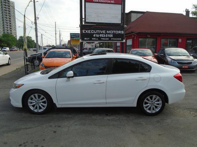 2012 Honda Civic EX/ ALLOYS / SUNROOF /AC/ SUPER CLEAN / MINT
