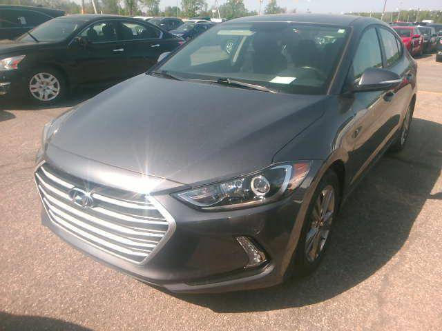 2017 Hyundai Elantra GL Reverse Camera - Heated seats & Steering wheel