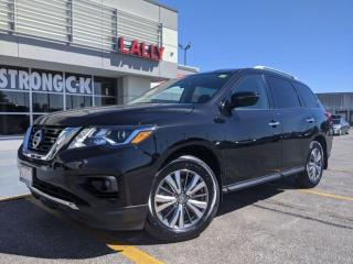 Used 2019 Nissan Pathfinder SV Tech for sale in Chatham, ON