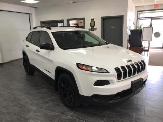 Used 2016 Jeep Cherokee 4WD 4dr Altitude BLACK TOP CAMERA for sale in Châteauguay, QC