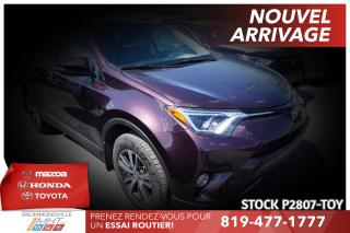Used 2017 Toyota RAV4 XLE| TOIT| SAFETY SENSE for sale in Drummondville, QC