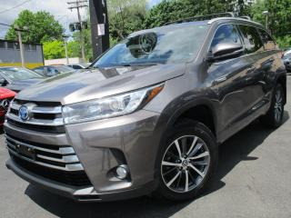 Used 2017 Toyota Highlander HYBRID HYBRID XLE AWD|NAVIGATION SYSTEM|POWER MOONROOF for sale in Burlington, ON