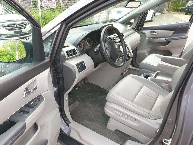 2016 Honda Odyssey EX-L Photo10