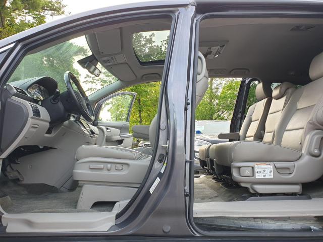 2016 Honda Odyssey EX-L Photo18