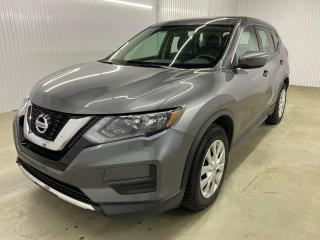 Used 2017 Nissan Rogue S A/C CAMERA DE RECUL BLUETOOTH for sale in Shawinigan, QC