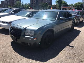 Used 2005 Chrysler 300 300 for sale in Mississauga, ON