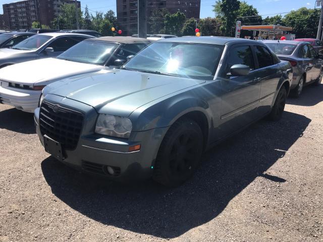 2005 Chrysler 300 300