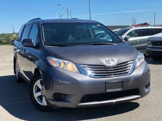 Used 2015 Toyota Sienna LE for sale in Oakville, ON