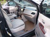2013 Toyota Sienna XLE Photo41