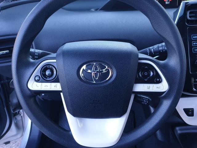 2016 Toyota Prius  Photo12