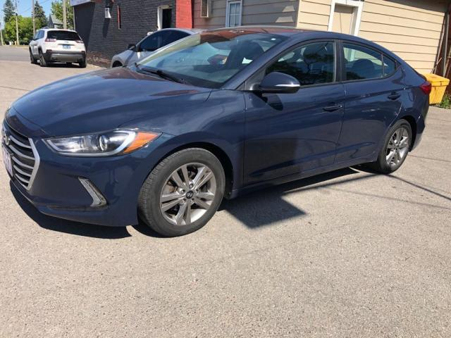 2017 Hyundai Elantra SE EXCELLENT SHAPE INSIDE AND OUT!!!