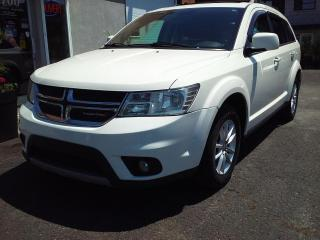 Used 2014 Dodge Journey SXT 7 passagers 8 pneus bas kilos inspec for sale in St-Charles-Borromée, QC
