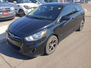 Used 2013 Hyundai Accent GL *GREAT CONDITION/2 SETS OF NEW TIRES ON RIMS/1 OWNER* for sale in Hamilton, ON