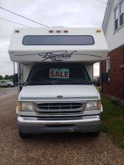 Used 1999 Ford Econoline E450 call/text 5197327478,Winnebago,Royal Classic, (ROXANNE), 30 foot with PWR slide out. Really nice condition. Fully Certified for sale in Brantford, ON