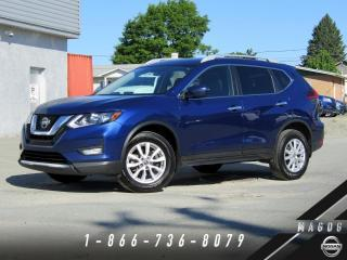 Used 2018 Nissan Rogue SV AWD + CAMÉRA + BLUETOOTH + MAGS! for sale in Magog, QC