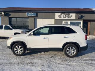 Used 2013 Kia Sorento LX for sale in Headingley, MB
