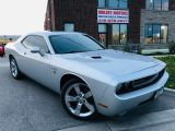 Photo of Silver 2009 Dodge Challenger