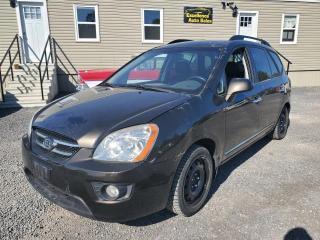 Used 2009 Kia Rondo EX for sale in Stittsville, ON