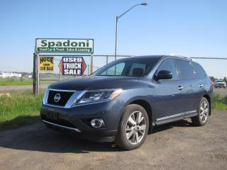 Used 2014 Nissan Pathfinder Platinum for sale in Thunder Bay, ON
