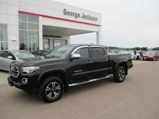 Used 2016 Toyota Tacoma LIMITED for sale in Renfrew, ON