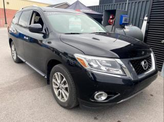 Used 2016 Nissan Pathfinder SV A/C MAGS CAMERA DE RECUL for sale in St-Hubert, QC