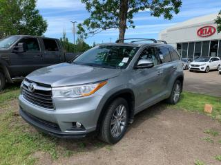 Used 2015 Toyota Highlander XLE 4dr AWD Sport Utility 8PASS for sale in Edmonton, AB