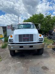 Used 1998 GMC C8500 14 ft cap and chasse  cat  engien for sale in North York, ON