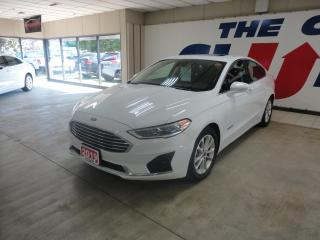 Used 2019 Ford Fusion Hybrid SEL HYBRID w/ LEATHER & SUNROOF for sale in Ottawa, ON