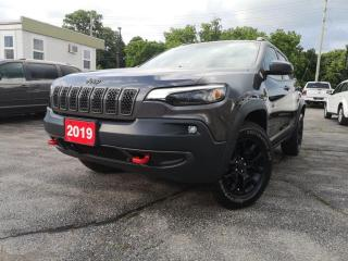 Used 2019 Jeep Cherokee Trailhawk Elite 4x4 | Pano | Navi | Active Safety for sale in Waterloo, ON