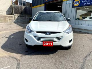 Used 2011 Hyundai Tucson GL for sale in Kitchener, ON