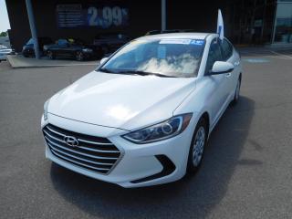 Used 2017 Hyundai Elantra Man L, BANCS CHAUFFANT, VITRES ÉLECTRIQUES, FM for sale in Mirabel, QC