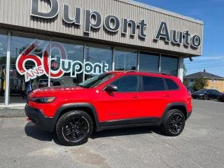 Used 2019 Jeep Cherokee Trailhawk 4X4 for sale in Alma, QC